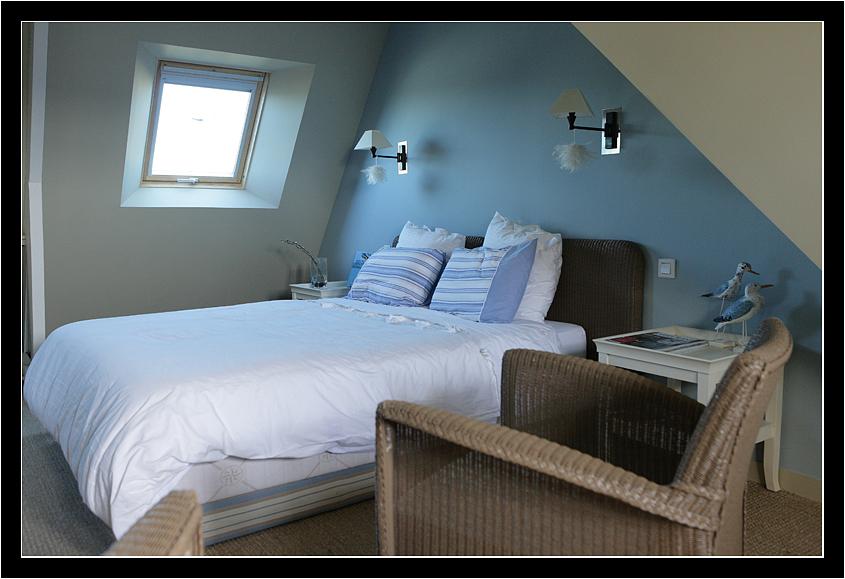 chambre dans comble amnager une chambre dans les combles amnagement des combles de avec suite. Black Bedroom Furniture Sets. Home Design Ideas